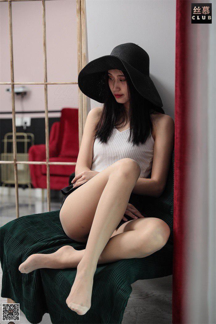 [丝慕GIRL] SM040 斯妮 天天一元《斯妮双丝秀》[74P/36.4M]